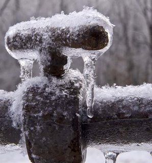 frozen_pipe.jpg